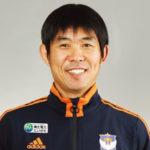 森保一監督の顔画像。日本人監督、代表監督への誕生への道へ駆けあがれ…。