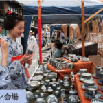 京都五条坂陶器まつり2018、「付近グルメの場所」や「駐車場東西南北6か所」の紹介。又、400店舗の見どころ動画やアクセスも紹介しています。